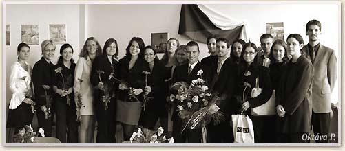 absolventi_2003-8p